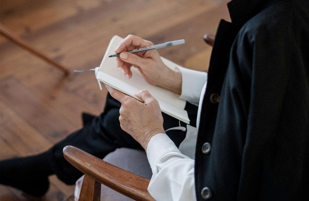 Uno specializzando pu� svolgere colloqui di Psicoterapia?